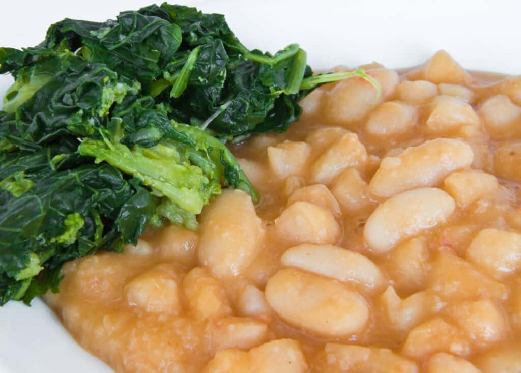 Turnip greens with beans