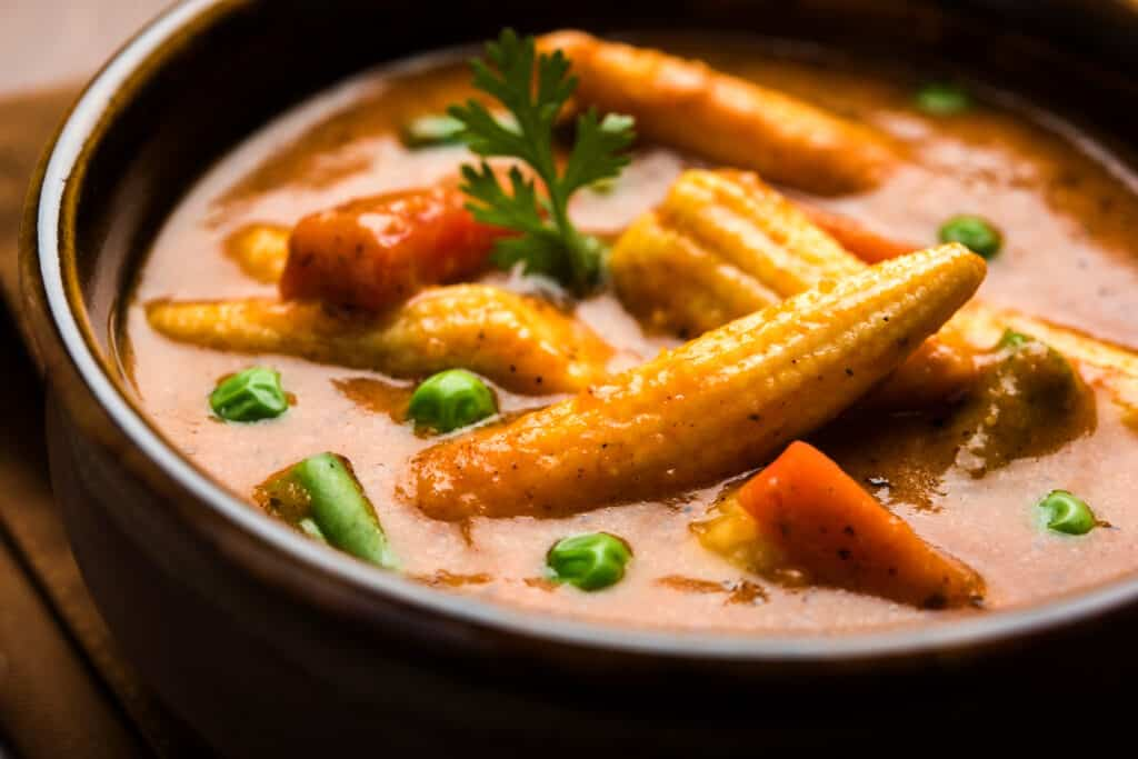 Baby corn in curry